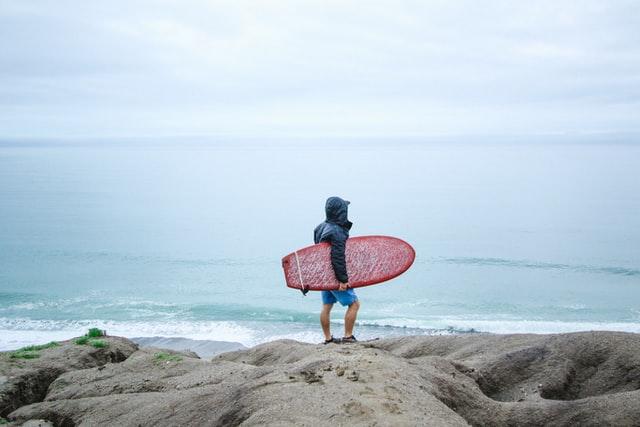 Sådan vokser du dit surfboard